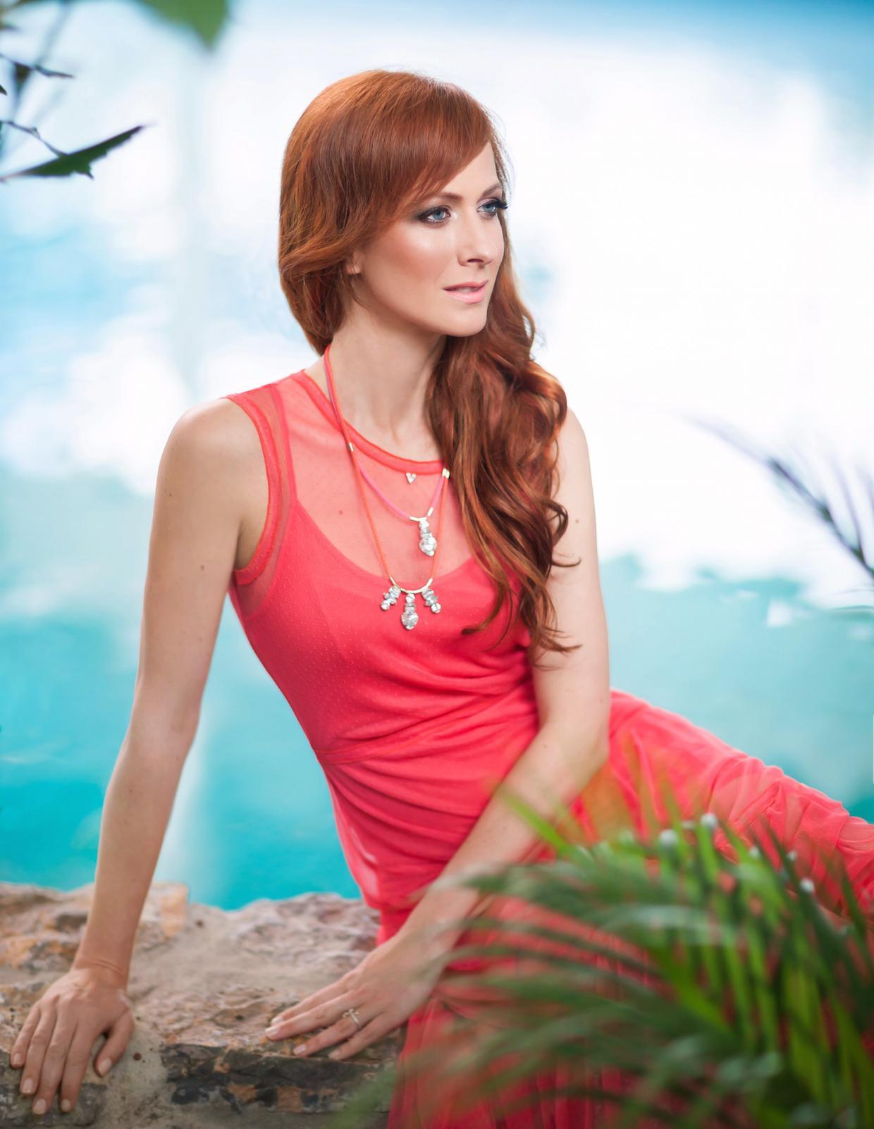 famme-fatale-2015-Nika-Veger-lepotna-blogerkao-Ana-Gregoric 1