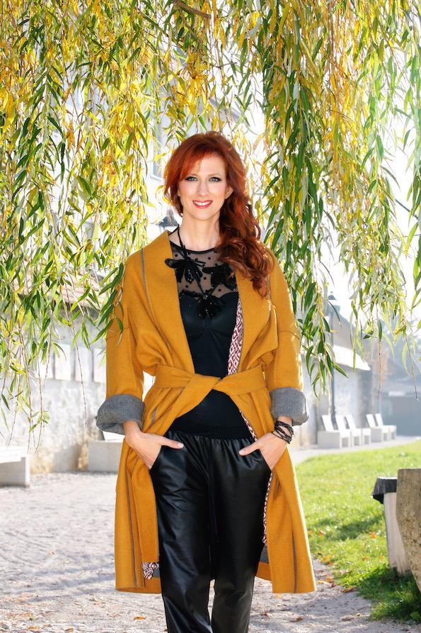 Nika Veger kako nositi rumeno Kranjcanka foto by Tina Dokl 12