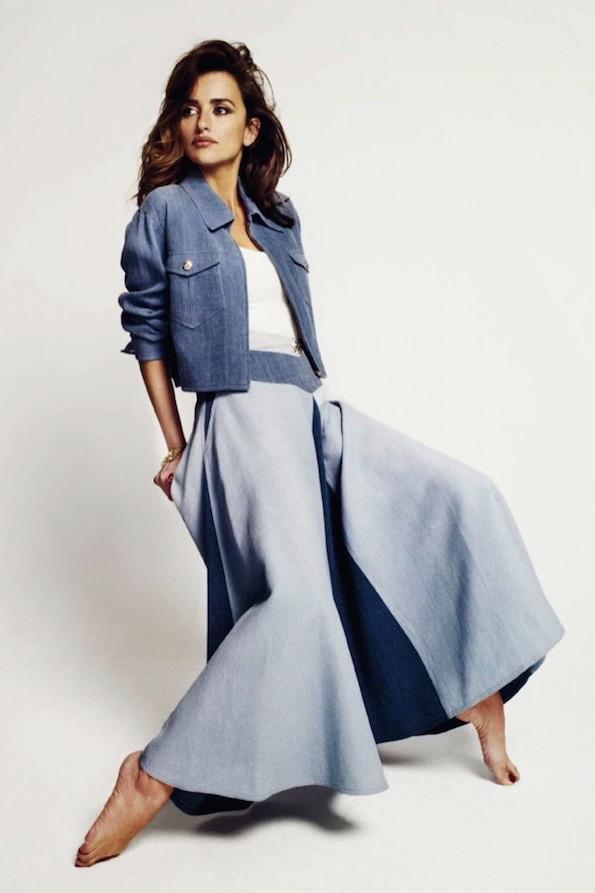Jeans Penelope-Cruz-Harpers-Bazaar-Spain-February-2016-Cover-Photoshoot02