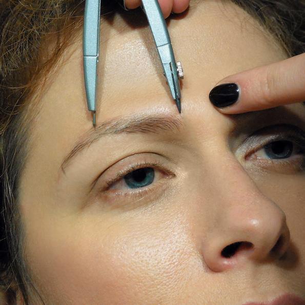 Naravno oblikovanje obrvi lux brows nika veger merjenje obrvi Beautyfullblog