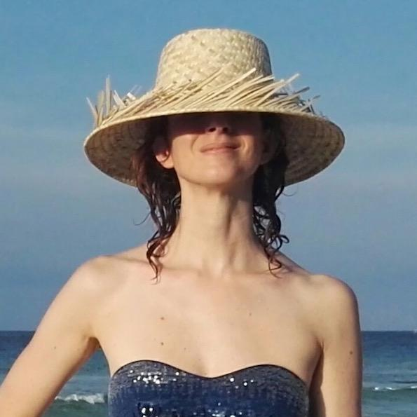 beauty blogger sun protection summer hat