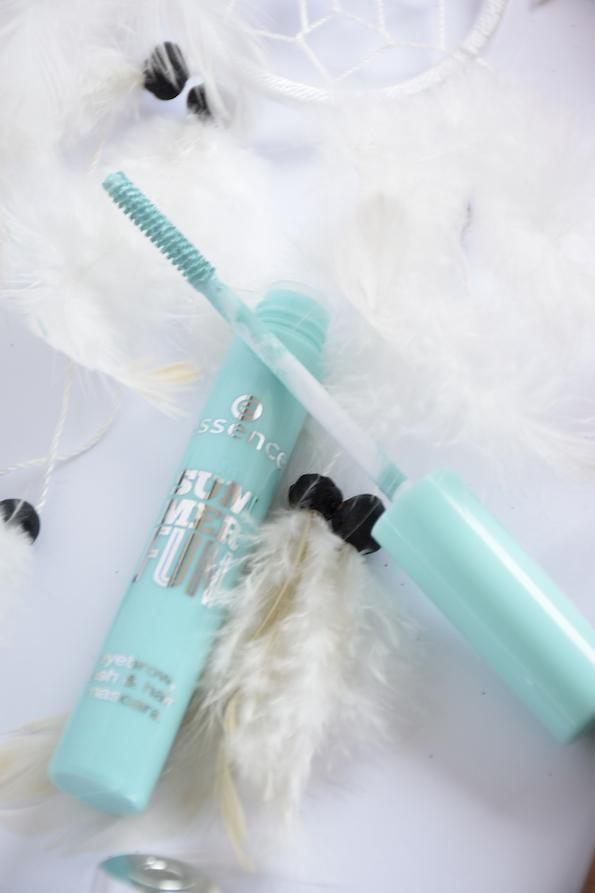 poletni-glasbeni-festivali essence-summer-fun-mascara-by-Beautyfullblog 3