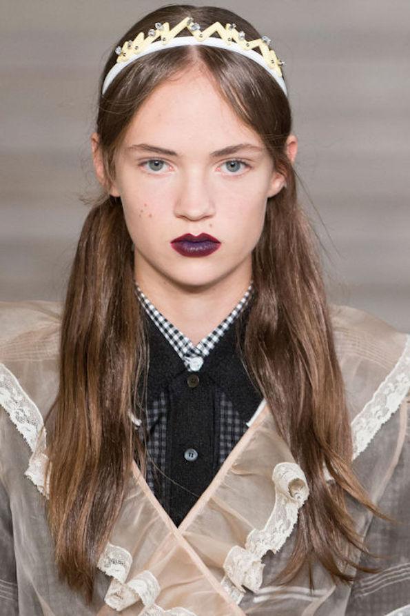 miu-miu-rjave-temne-ustnice-trendi-licenja-2016