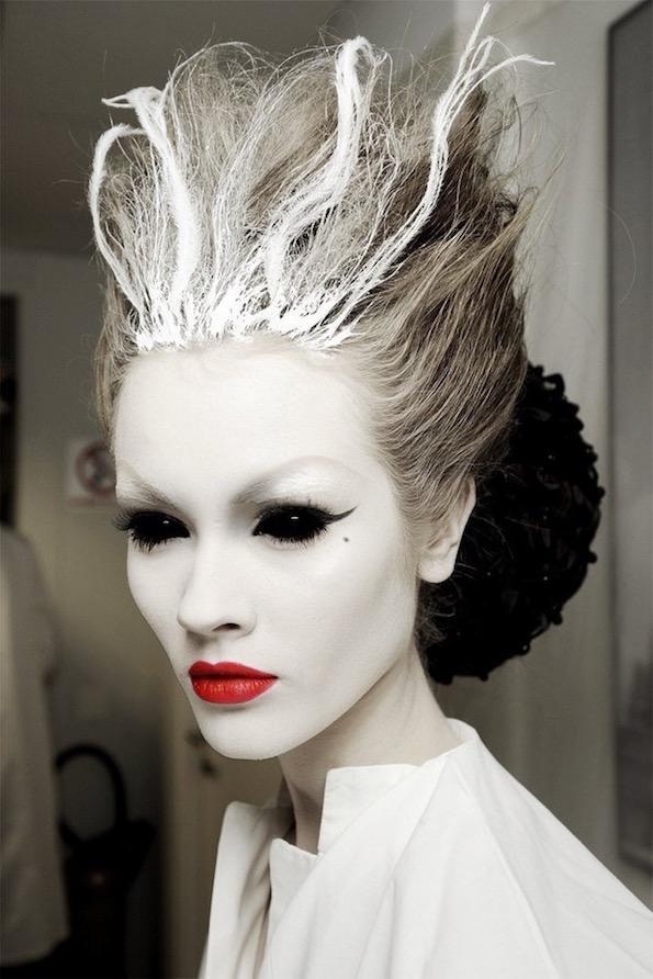 noc-carovnic-maska-haloween-minimalisti-com-4