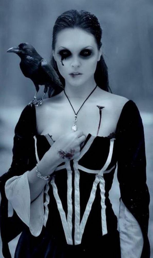 noc-carovnic-makeup- vampirji-vran