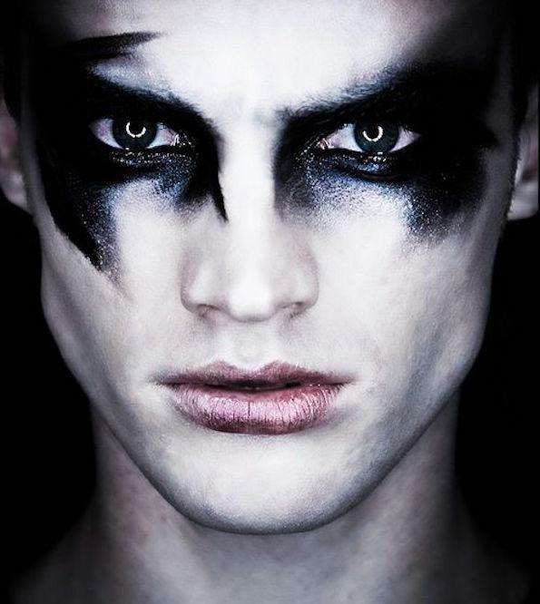 noc-carovnic-makeup-32
