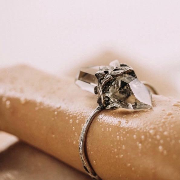 MANIFEST-nakit Bravnicar