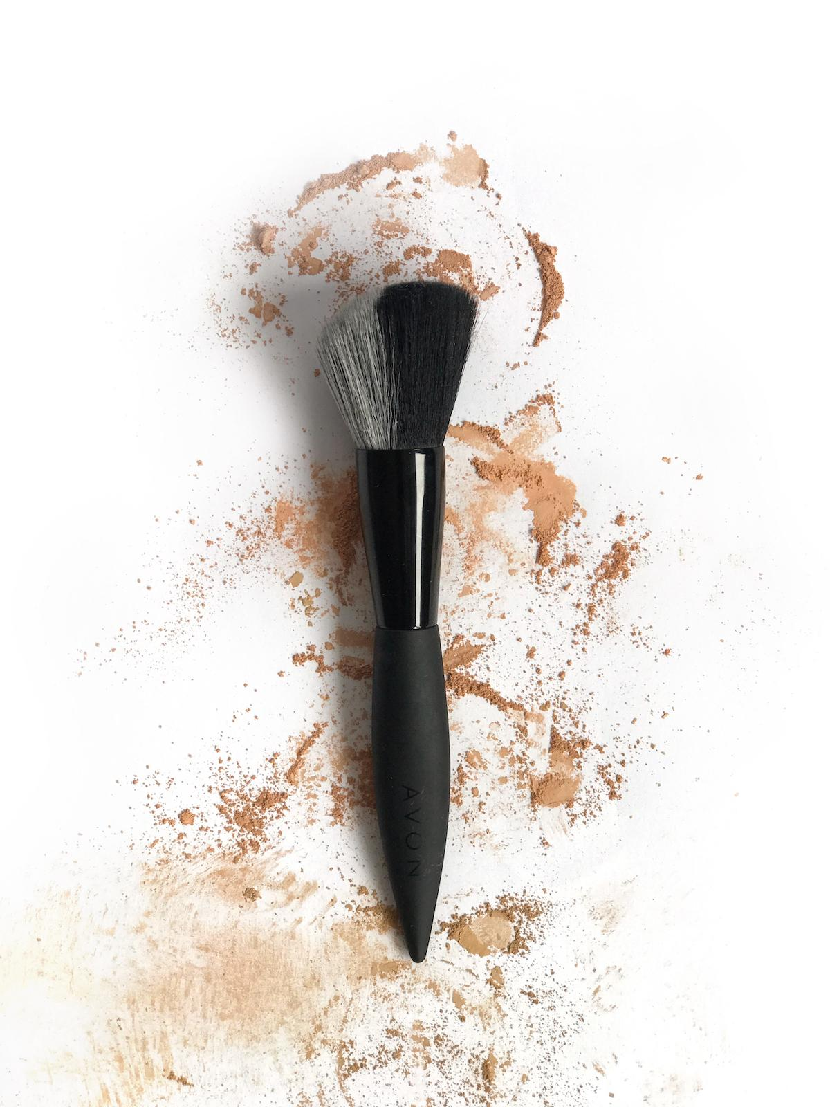Avon Mark Angled Brush