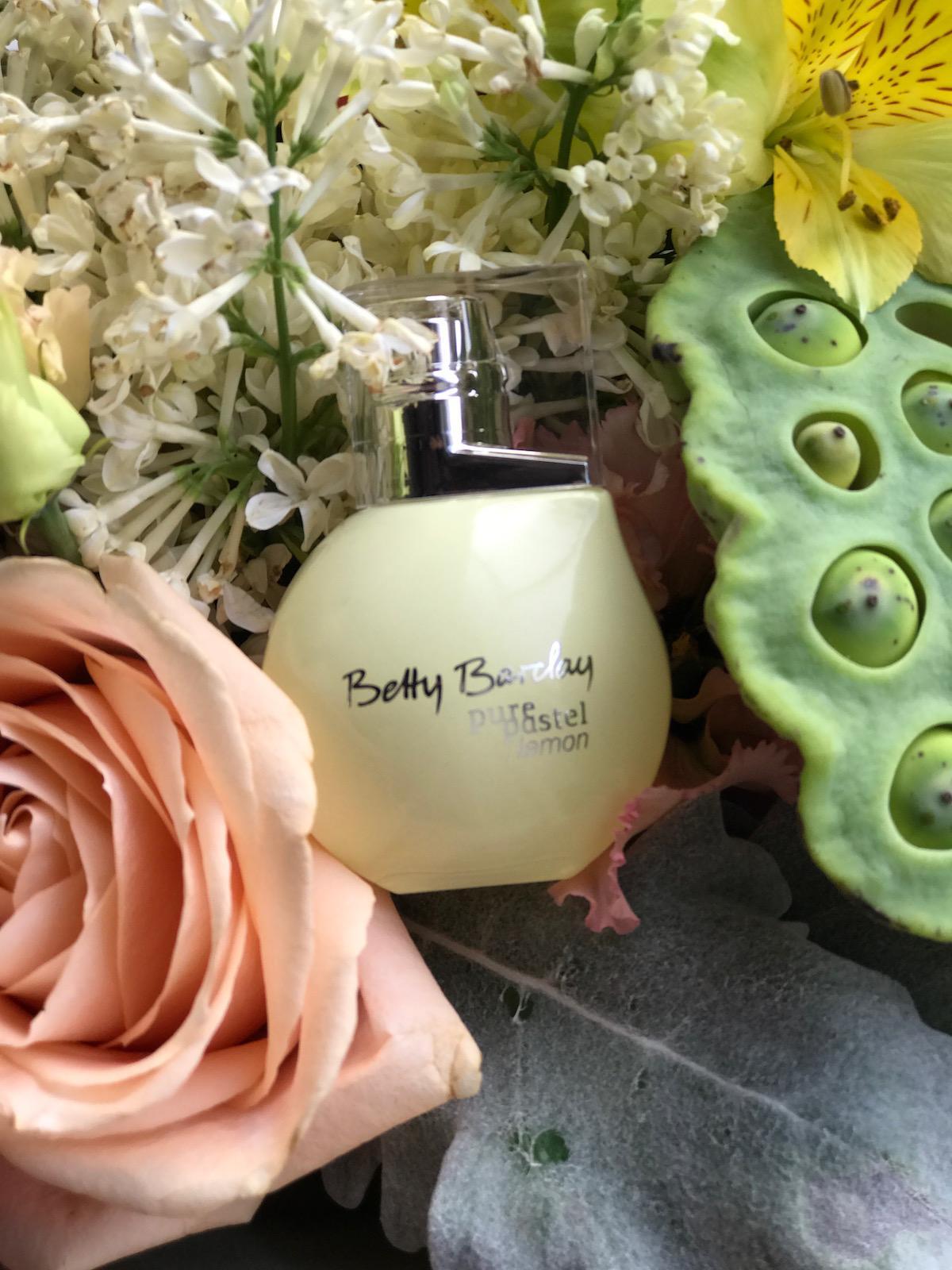 Betty Barclay Pure Pastel Lemon