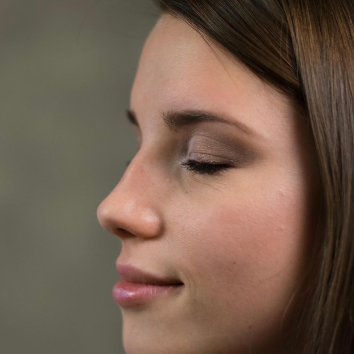 Avon mark kremno senčilo beautyfullblog ličenje makeup
