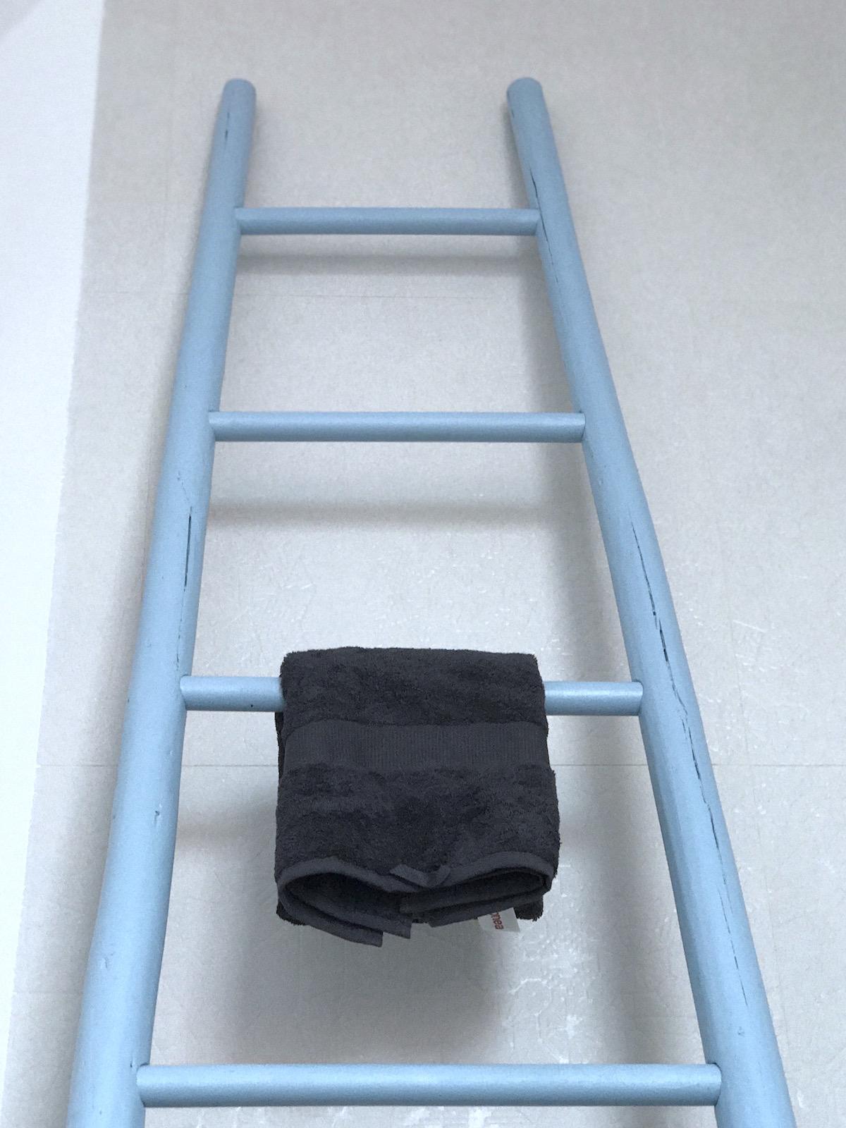 lojtra lestev za brisače organski bombaž Malinca beautyfullblog