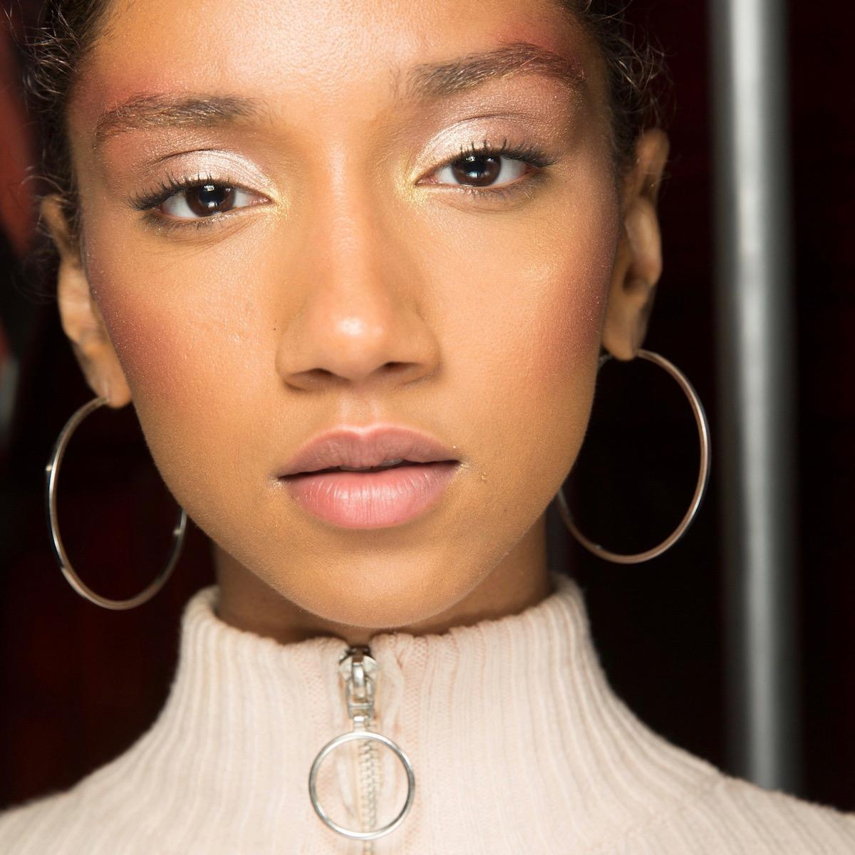 Lotique makeup trenden videz beautyfull blog rdečilo senčilo