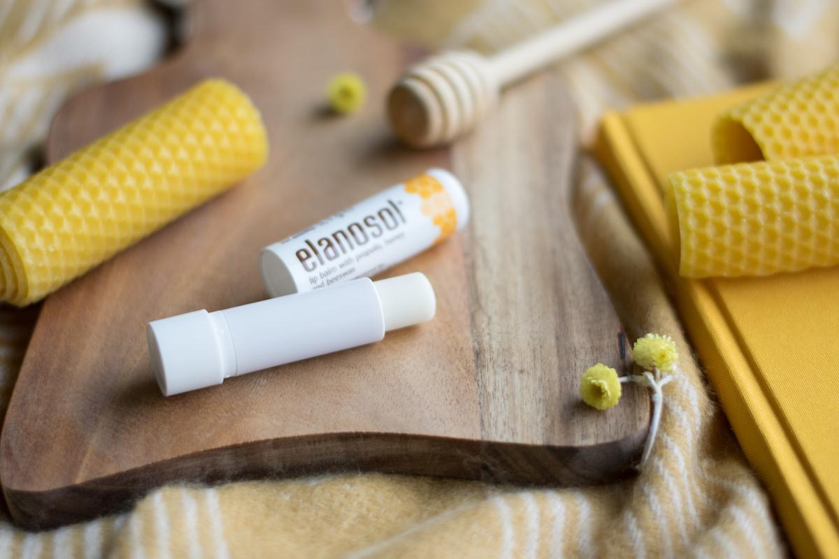 Medex Elanosol balzam za ustnice z medom čebelji vosek propolis Beautyfull Blog