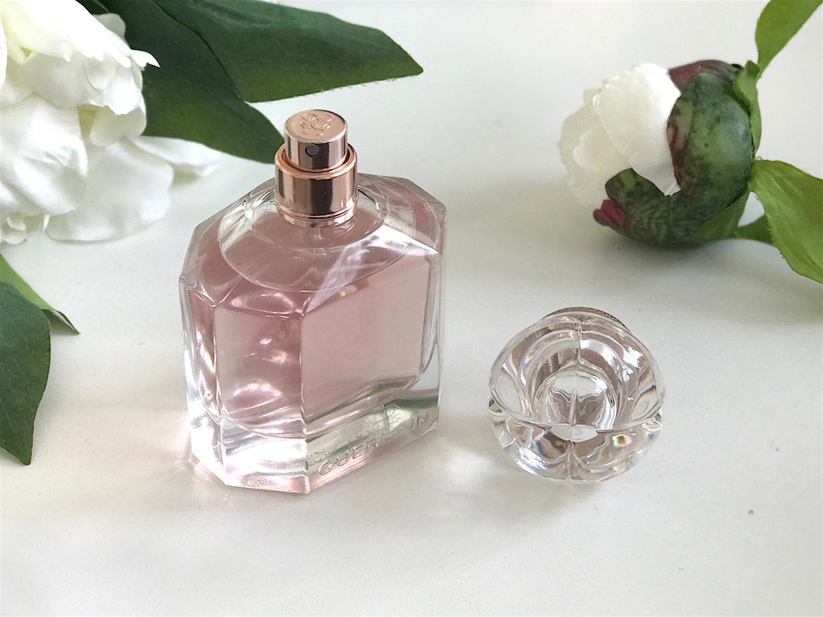 Mon Guerlain Eau de Parfum Florale Bottle white peonies