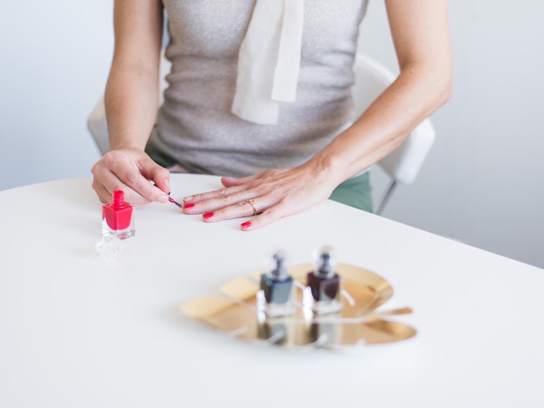 guerlain le petit robe noir nail polish beautyfullblog dobra manikira