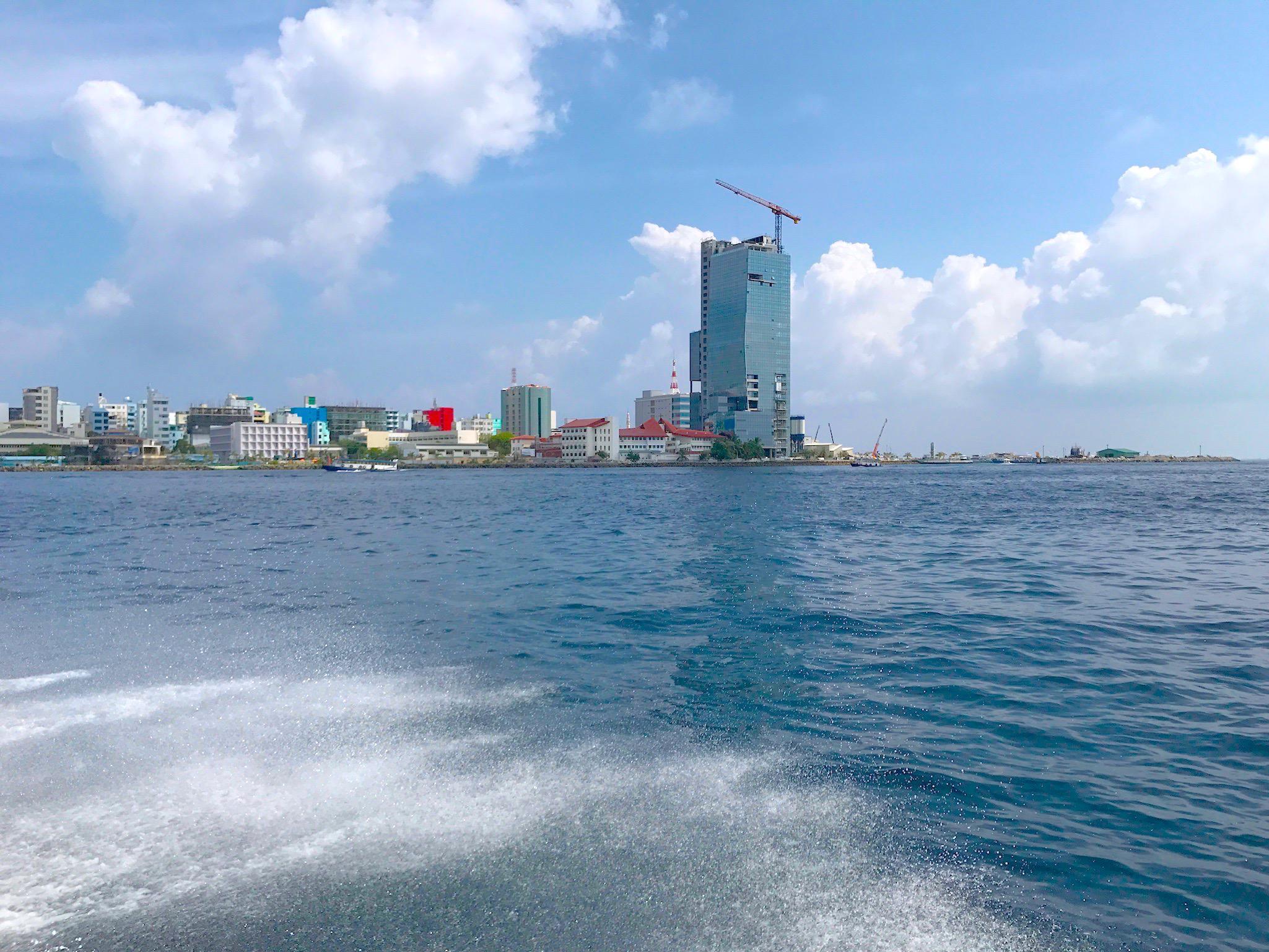 maldivi on budget poceni male