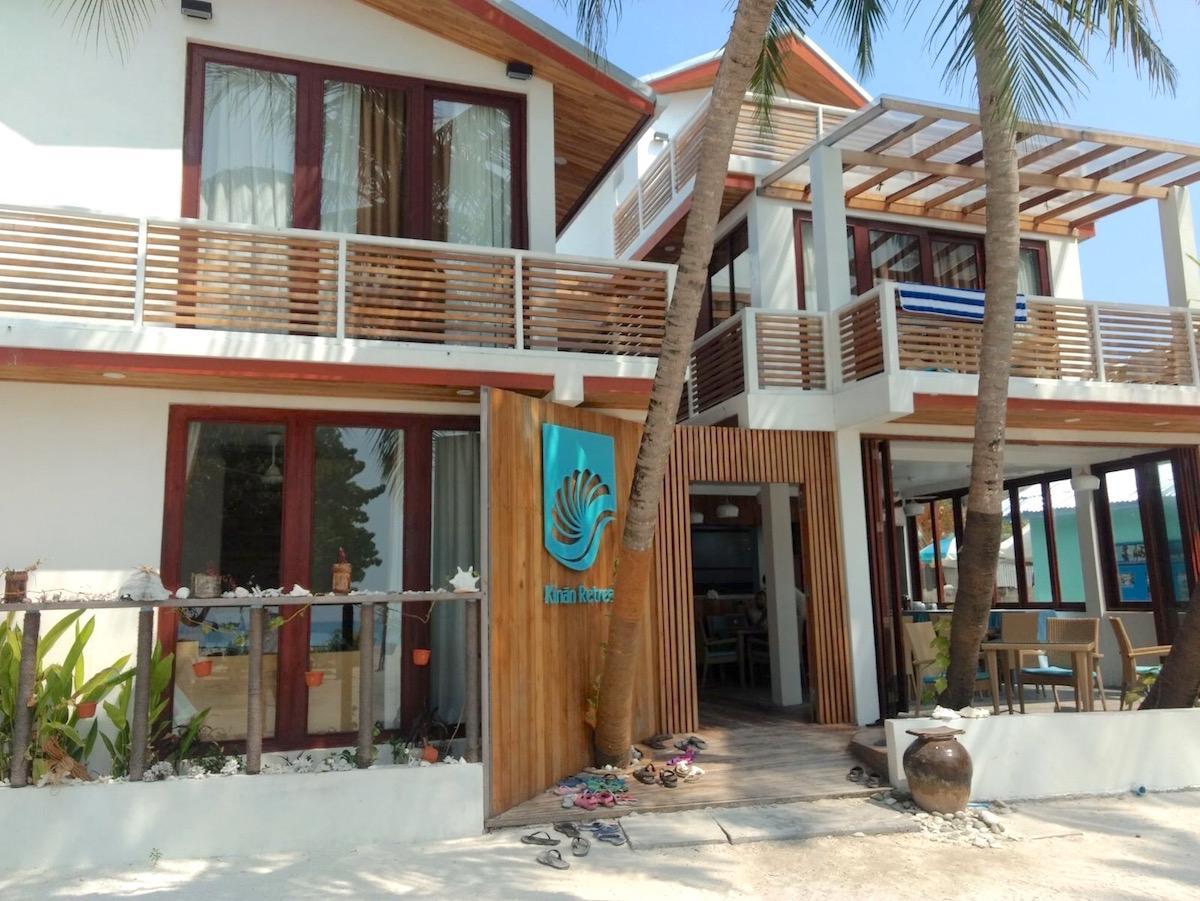 maldivi on budget poceni maafushi
