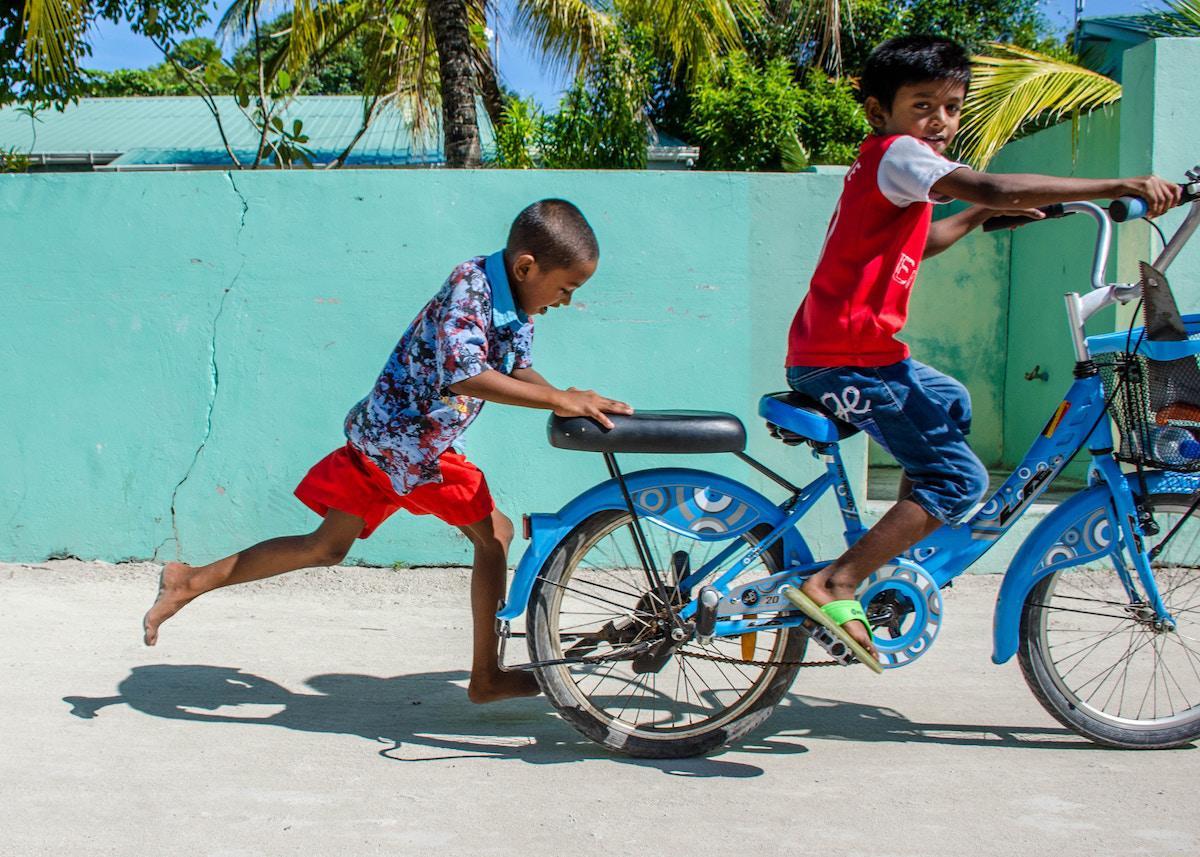 maldivi on budget poceni guhli maafushi
