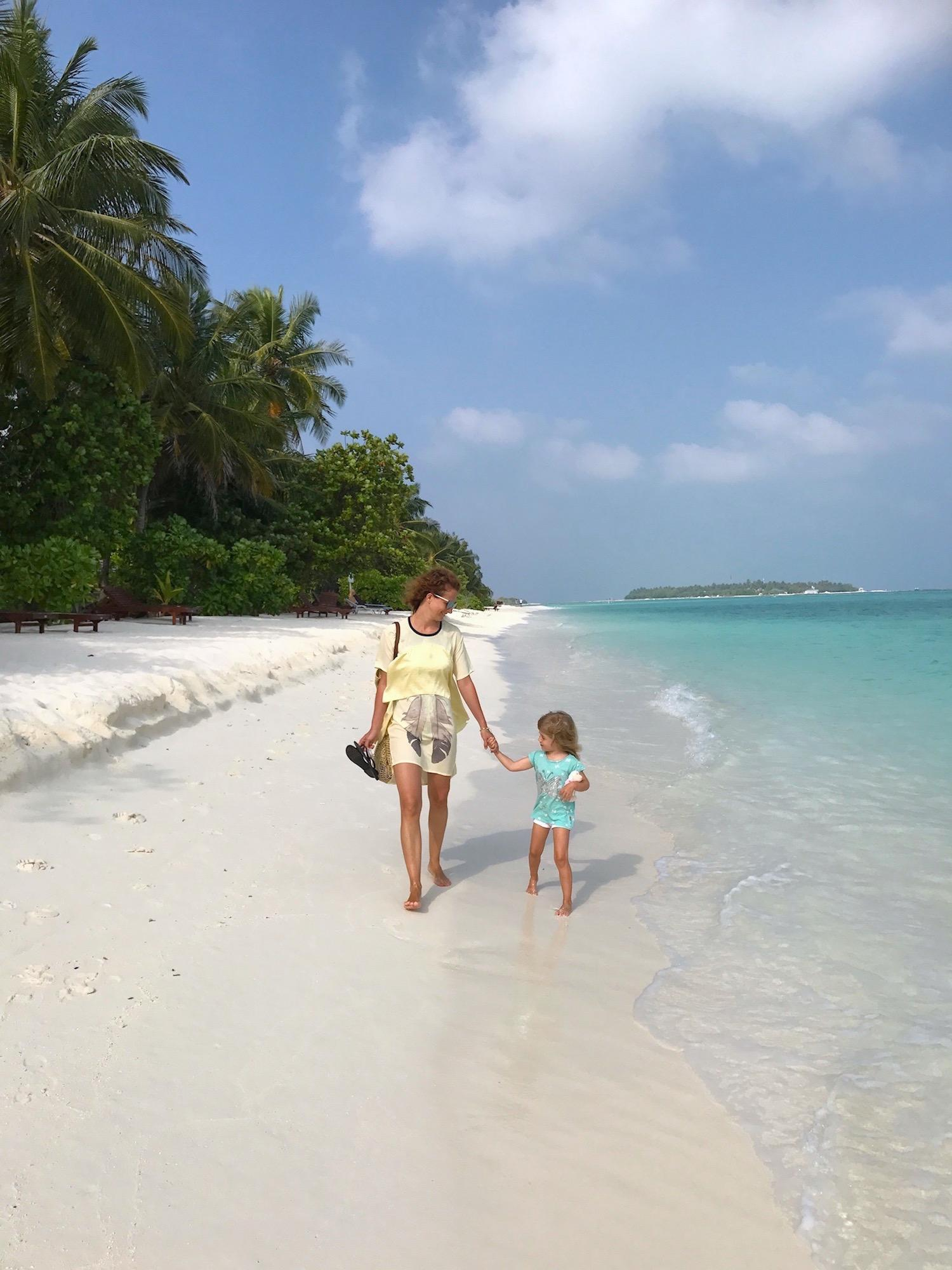 Sun Island Resort Maldives sandy beach