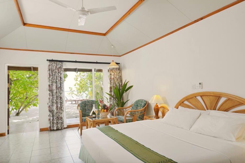 Sun Island Resort Maldives inside the room