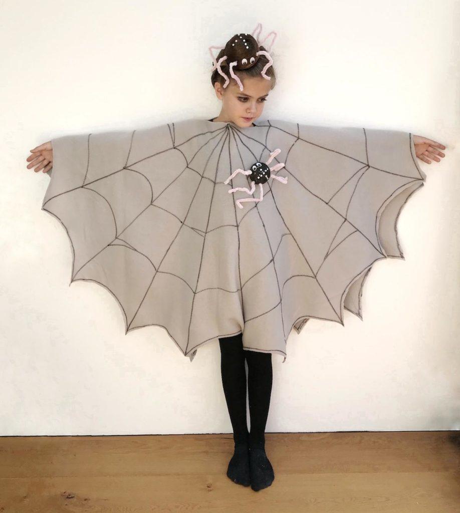 noc carovnic halloween zabava beautyfullblog kostum pajek