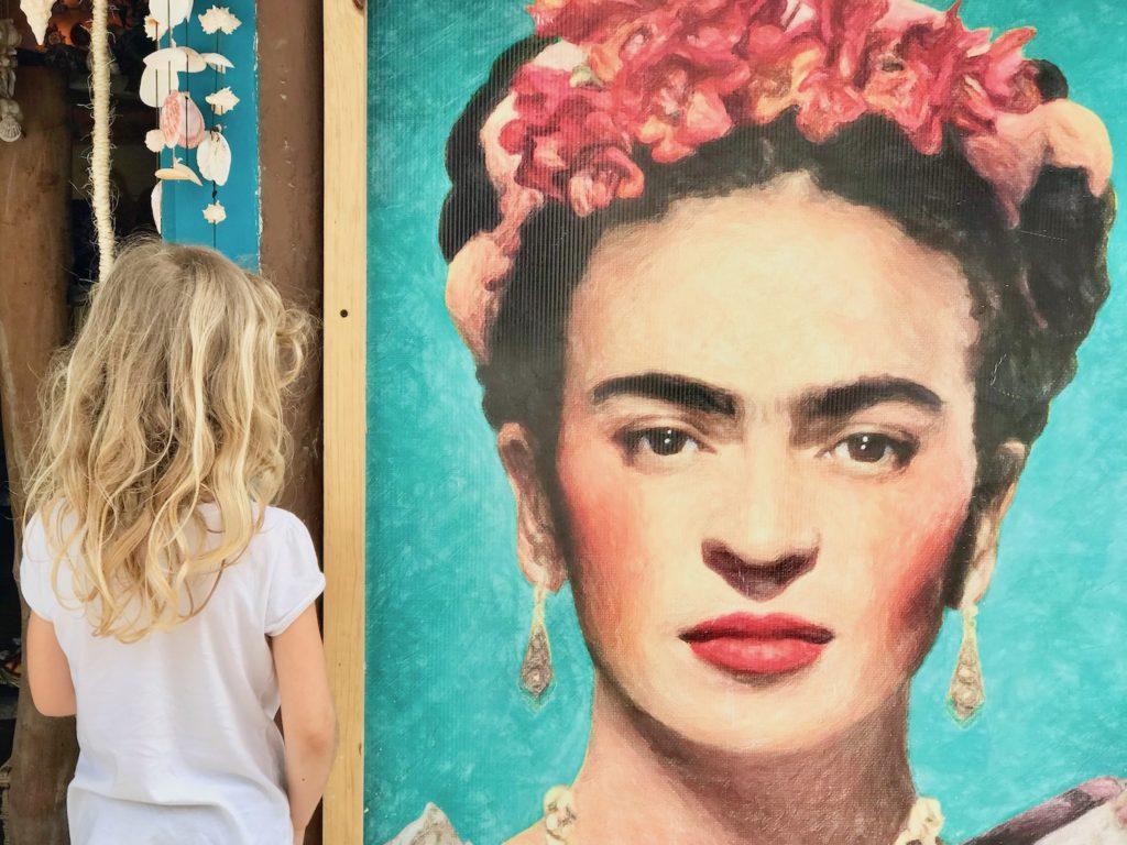 Mehika Holbox druzinske pocitnice beautyfull blog nika veger mural frida khalo