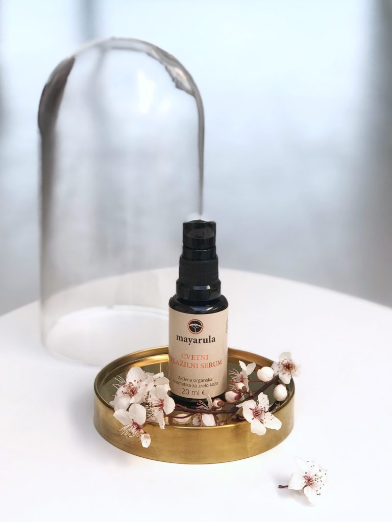 Mayarula cvetni vlažilni serum slovenska kozmetika