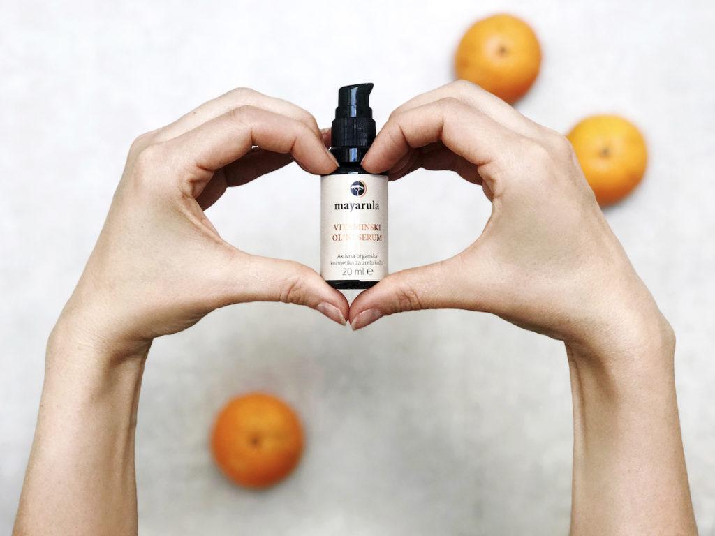 Mayarula cvetni vlažilni serum oljni vitaminski slovenska kozmetika