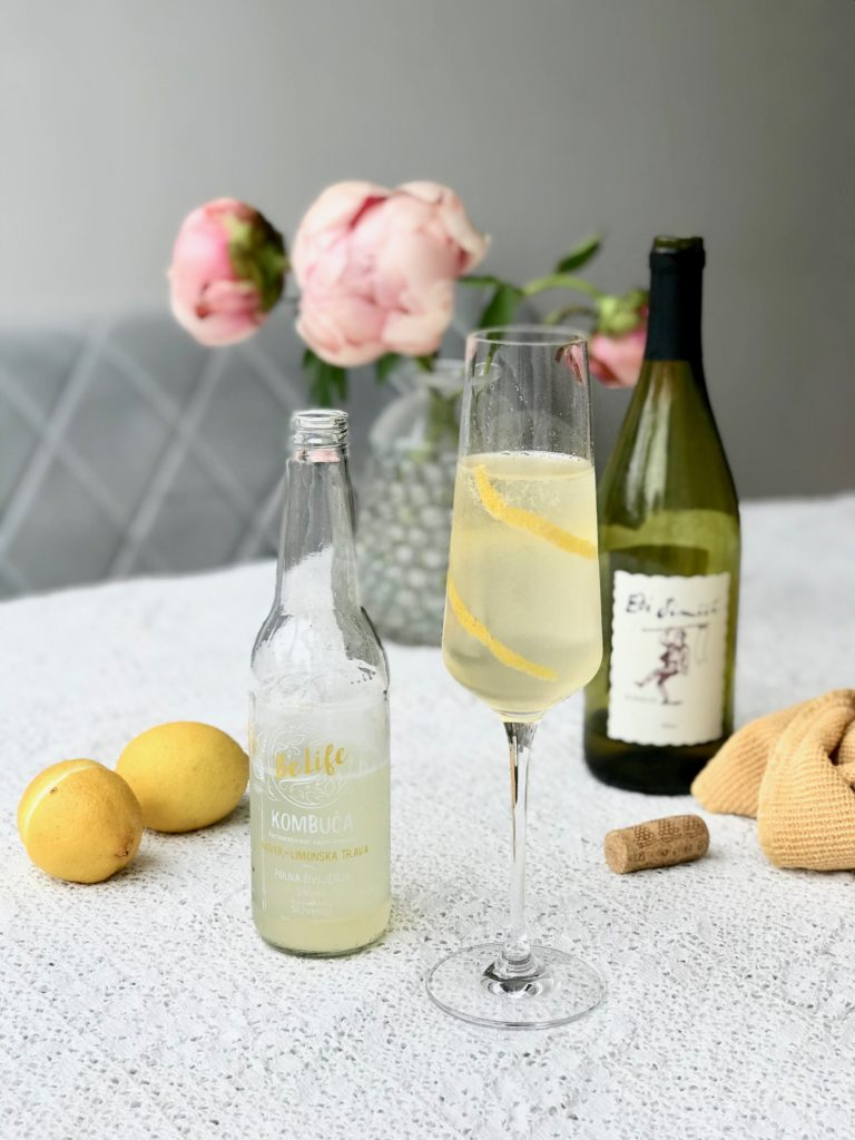 kombuča z vinom belife koktajl
