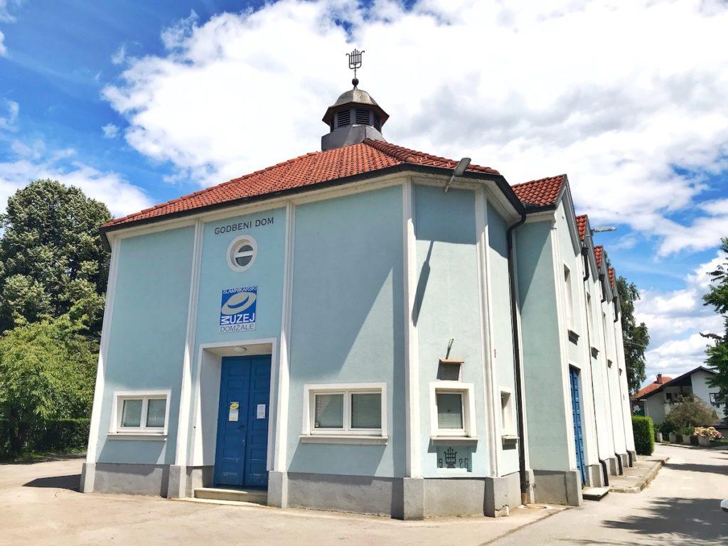 slamniki ana cajhen slovenska moda nika veger beautyfullblog muzej domžale