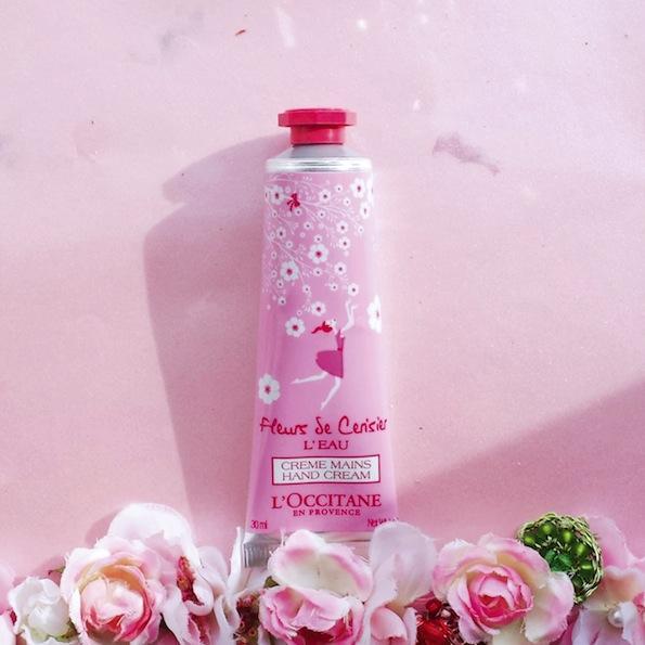 Beautyfullblog LOccitane FLEURS DE CERISIER L'EAU Hand Cream 1